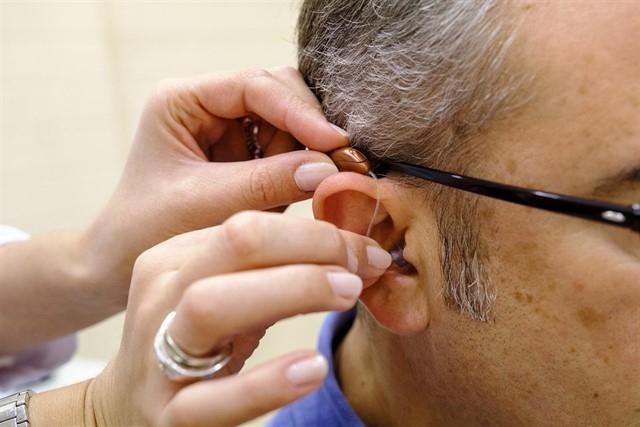Audífonos, aparatos auditivos o aparatos para sordos en Federópticos Món Visió